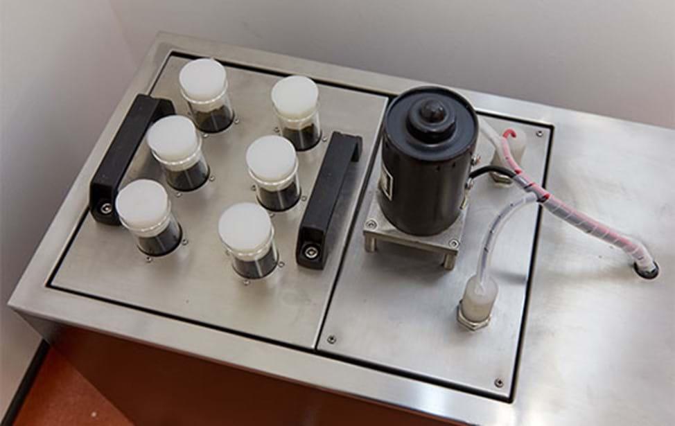 Test d'immersion à l'huile pour les câbles électriques