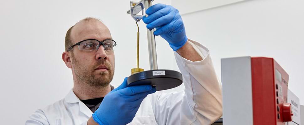 Tests de pression sur les câbles électriques à haute température